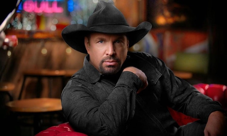 What Is Garth Brooks Secret? His Upcoming Tour ...